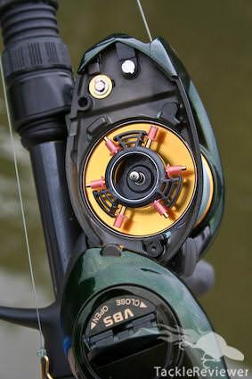 Opened sideplate and spool on the Curado E7